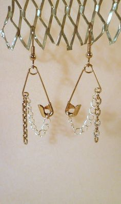 DIY safety pin earrings #tutorial #jewelry