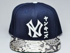 "MLB x SNAPHATS ""New York Yankees Japanese Python Custom"" Strapback Cap"