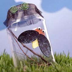 10 outdoor summer crafts for kids - This Cute Bug Catcher will keep them busy!