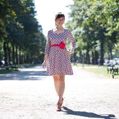 """Schnittmuster """"Ella"""" - Jerseykleid mit Herzausschnitt - Gratis Schnittmuster für den Ausschnitt bis zum 11.9.2016 zum Download im pattydoo Blog (dazu werden Ärmel und Rockteile vom Schnittmuster """"Ella"""" benötigt)"""