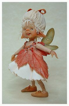 "materiaal is prosculpt en fimo "" the fairy puppets"" they are betwee. Elves And Fairies, Clay Fairies, Flower Fairies, Fantasy Creatures, Mythical Creatures, Kobold, Marionette, Dragons, Fairy Figurines"