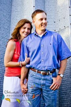 Claudia Farr Photography: Harlingen Engagement Photographer / Melissa and Brandon