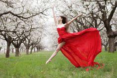 Dance photography principal dancer Ema #dance #photography #red #dresses