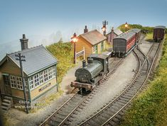 Hotchpotch Rd & Little Smoke Junction Ho Trains, Model Trains, Train Miniature, Model Railway Track Plans, Railway Posters, Uk Photos, Model Train Layouts, Run Around, Small Gardens