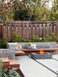 50 Modern Garden Design Ideas to Try in 2017 Outdoor Living Outdoor patio designs, Backyard garden design, Small backyard landscaping Small Backyard Gardens, Small Backyard Landscaping, Backyard Garden Design, Modern Backyard, Fire Pit Backyard, Backyard Patio, Landscaping Ideas, Small Backyards, Backyard Seating
