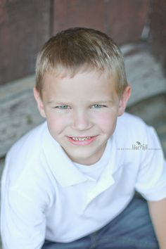 Tween boy pose  © Lilac Hill Photography