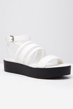 Gorgeous white shoes for summer that every girl should own