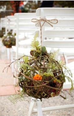 Rustic wedding touches