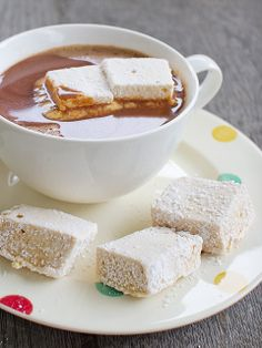 homemade salted caramel marshmallows in hot chocolate.