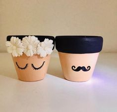 Excited to share the latest addition to my shop: Wedding Favors, Mr&Mrs, Cute Faces, Mini Planters for the Lovely Couple. Flower Pot Art, Flower Pot Crafts, Clay Pot Crafts, Painted Plant Pots, Painted Flower Pots, Painted Jars, Pots D'argile, Clay Pots, Flower Pot People