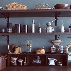 見せる収納/キッチン/コーヒーミル/KARITA/コーヒーのある暮らし...などのインテリア実例 - 2019-12-11 11:01:45 | RoomClip(ルームクリップ) Floating Shelves, Coffee, Furniture, Space, Home Decor, Kaffee, Floor Space, Decoration Home, Room Decor