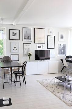 Homevialaura | living room | gallery wall | Ellos Tanger carpet | Eames DSR | TON Chair 14 | BoConcept Lugo coffee table | Ikea Bestå