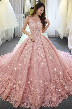 Fantastic Tulle & Lace Jewel Neckline Ball Gown Wedding Dress With Lace Appliques