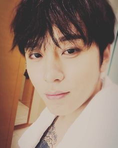 Yong Junhyung - B2ST