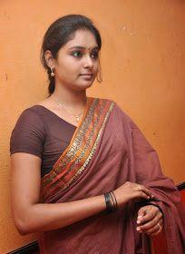 Cine Gallery: Actress Arundhati Beautiful Stills In Saree Beautiful Girl In India, Beautiful Women Over 40, Most Beautiful Indian Actress, Cute Beauty, Beauty Full Girl, Beauty Women, Tamil Girls, Bollywood Girls, Indian Girl Bikini