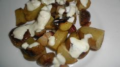 Fotorecept: Pečené zemiaky s cesnakovým dresingom Waffles, French Toast, Stuffed Mushrooms, Potatoes, Vegetables, Breakfast, Food, Stuff Mushrooms, Morning Coffee