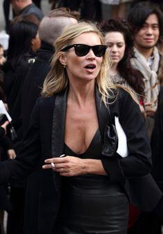 aisles-of-fashion: k-iki: mama moss Icon!