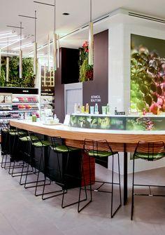 Le Botanical Beauty Bar http://www.vogue.fr/beaute/l-adresse-de-la-semaine/diaporama/le-premier-concept-store-vgtal-yves-rocher-paris/20045