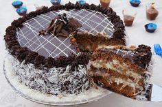 Essa receita de bolo é simplesmente maravilhosa! Todos adoram bolo de prestígio e essa receita deixa a massa leve e molhadinha, e o recheio muito cremoso e saboroso... Enfim, espetacular... Faça você mesmo para sentir esse prazer. Leia mais...