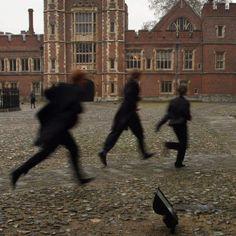 Hogwarts, Slytherin Aesthetic, The Secret History, Brown Aesthetic, Aesthetic Light, Autumn Aesthetic, Aesthetic Indie, The Marauders, The Villain