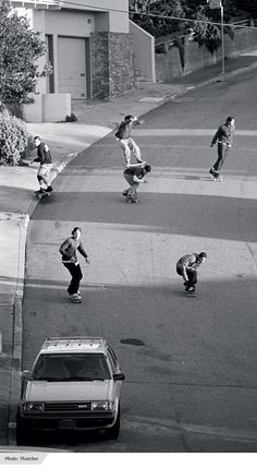 The Descent: Hill-Bomb Photo Feature Black And White Picture Wall, Black And White Pictures, Gray Aesthetic, Black And White Aesthetic, Photographie Indie, Skate Photos, Foto Gif, Skate Style, Skateboard Art