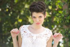 צליל שן zlil shen- איפור ועיצוב שיער 072-330-4337 צליל בעלת סגנון מיוחד וסבלנות הנובעים מהרצון ליצור שלמות עבור הכלה אותה היא מלווה, החל בהתאמה בין עיצוב השיער לאישיות כלה, התאמת האיפור בצורה מושלמת והכל באווירה נינוחה במקום שהכי מתאים לכלה.  hair style | brides makeup | makeup | style | new collection | beauty | new look | fashion | brides hair style | עיצוב שיער | קולקציית 2016 | עיצוב שיער לכלה | תסרוקת לכלה | עיצוב שיער לחתונה |
