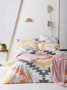 QUILT COVERS KAYA MELON QUILT COVER SETS SINGLE