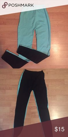 American Apparel Leggings NWOT one side is turquoise and the other side is black American Apparel Pants Leggings