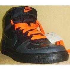 a49df7f6295 Zapatillas Nike Clasicas Talla 9 12 en Mercado Libre Perú