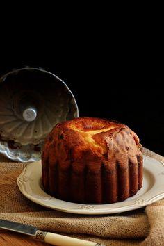 Muito aromático e macio, este bolo sabe ainda melhor no dia seguinte, quando os…