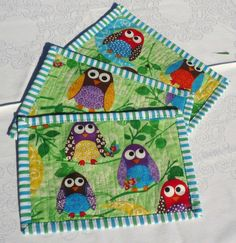 I want to know where to get this fabric! Mug Rugs are new to me. It is perfect for getting instant quilting satisfaction.