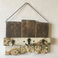 "Věšáček ""Bílé růže"" Decoupage, Home Decor, Decoration Home, Room Decor, Home Interior Design, Home Decoration, Interior Design"