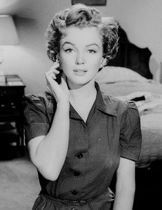 Marilyn Monroe (Don't Bother to Knock 1952)