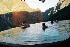 Saamt jou in 'n infinity pool in die natuur. Daars so plek in Swaziland.