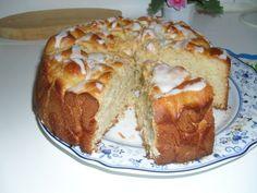 Vaniljabostonkakku - Kotikokki.net - reseptit Baked Goods, Banana Bread, Mashed Potatoes, Baking, Ethnic Recipes, Boston, Desserts, Food, Whipped Potatoes