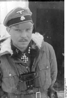 """Kharkow, March 1943, Oberscharführer of the Waffen-SS Hermann Dahlke from 1.SS-Panzer-Division """"Leibstandarte Adolf Hitler"""","""