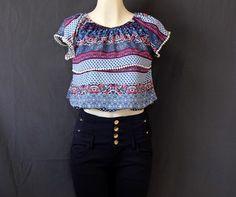 Una coqueta #blusa en #azul y #rosa muy combinable.