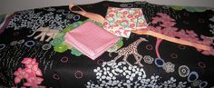 Quilty Moments: Christmas Present - Jewellery Roll