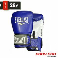 Τα γάντια Muay Thai της Everlast είναι φτιαγμένα από πολύ ποιοτικό PU κέλυφος για περισσότερη αντοχή αλλά και καλύτερη αίσθηση στο χέρι! Είναι ειδικά σχεδιασμένα για Muay Thai και Kick Boxing χάρη στο τριγωνικό σχήμα τους. Muay Thai, Golf Clubs, Sports, Blue, Hs Sports, Sport