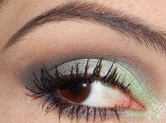 Amores, o tutorial dessa maquiagem está aqui > http://cavicioli.blogspot.com.br/2015/01/maquiagem-verde-glamour.html