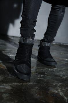 #byther #darkwear #gothic #mensfashion #black #ootd #dailylook #aboutalook #lookbook #photoshoot