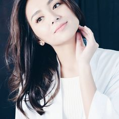 Simplicity is beauty Simplicity Is Beauty, Ford, Daniel Padilla, Kathryn Bernardo, Jadine, Queen Of Hearts, King Queen, Asian Beauty, Asian Girl