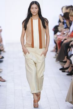 Chloé Spring 2012 Ready-to-Wear Fashion Show - Liu Wen (Elite)