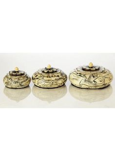 Set of three different sized boxes with famous bone work of Jodhpur and the royal hunt painting. The vintage design of these boxes makes them a hot favorite. Vintage Designs, Bones, Ethnic, Place Card Holders, Painting, Painting Art, Paintings, Painted Canvas, Drawings