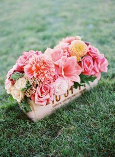beige, centerpieces, dahlia, green, hot pink, orchid, peach, ranun, romantic , rose, yellow, brown, rustic, vase, white, ombre, Malibu, California