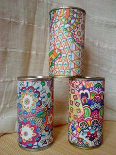 portalapices de latón reciclado -dibujitos con rotulador-  latón reciclado,papel y rotuladores,plàstico adhesivo dibujo con rotuladores