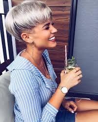 Znalezione obrazy dla zapytania damskie fryzury krótkie włosy
