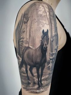 Here is a collection of the best horse tattoo ideas ever. Upvote the ones you'd love to ink on your skin. Arm Tattoos Horse, Cowgirl Tattoos, Western Tattoos, Body Art Tattoos, New Tattoos, Sleeve Tattoos, Tattoos For Guys, Tattoos Mandala, Tattoos Geometric