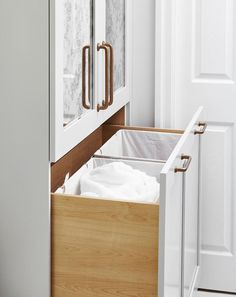 Bathroom Pull Out Hamper Cabinet with Clothes Dividers Bathroom Closet, Laundry In Bathroom, Bathroom Cleaning, Master Closet, Closet Bedroom, Bathroom Storage, Master Bathroom, Design Bathroom, Storage Room