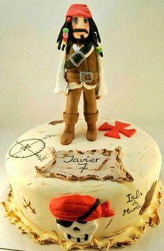 ¿Tarta riquiiiiisima u obra de arte? Tal vez, ambas cosas a la vez 😍😍😍😍 nuestra tarta Jack Sparrow www.tartasgourmet.com